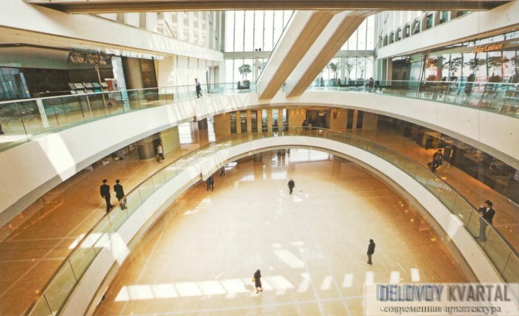 Международный финансовый центр. Интерьер центрального атриума IFC-2. Фрагмент
