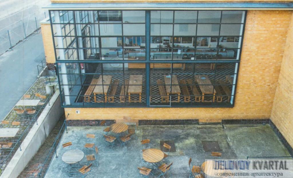 фабрика «Фагус». Вид внутреннего дворика