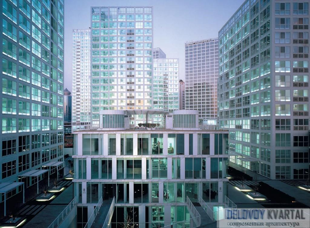 СОХО, Китай. Между жилыми башнями располагаются так называемые «виллы» – небольшие здания, пространства которых сдаются под офисы