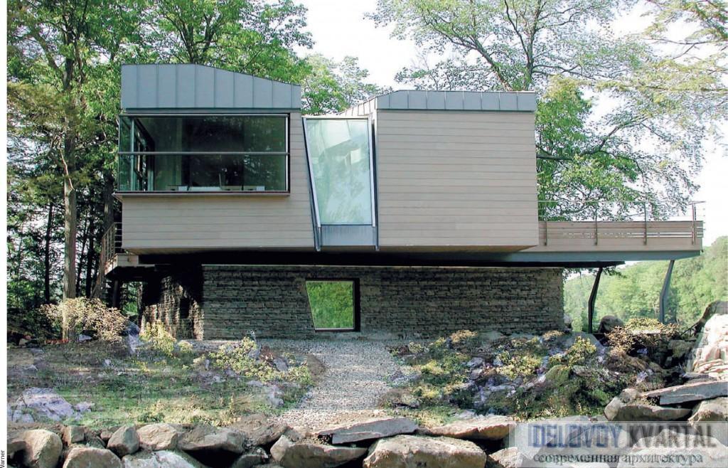 Gipsy Trail House. Вид со стороны озера