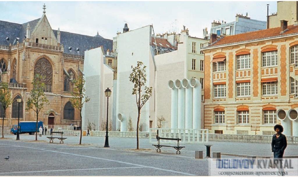 Центр Помпиду. Боковой фасад. Современная архитектура Парижа