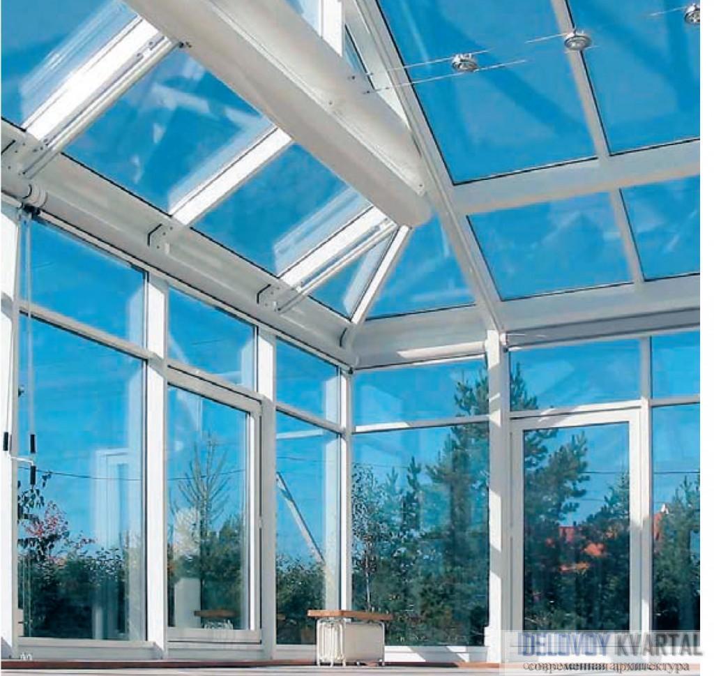 Профили SchÜco позволяют возводить даже сложные вальмовые крыши