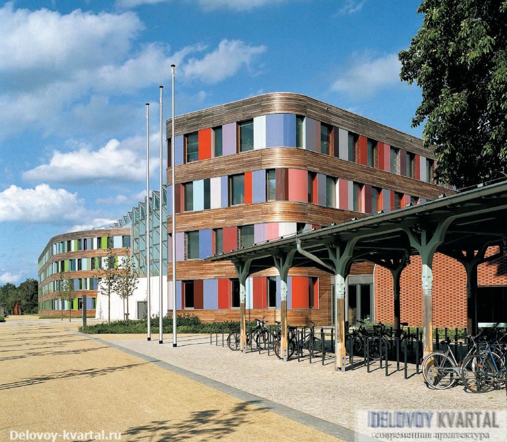 Министерство окружающей среды, Дессау.  Sauerbruch Hutton Architects
