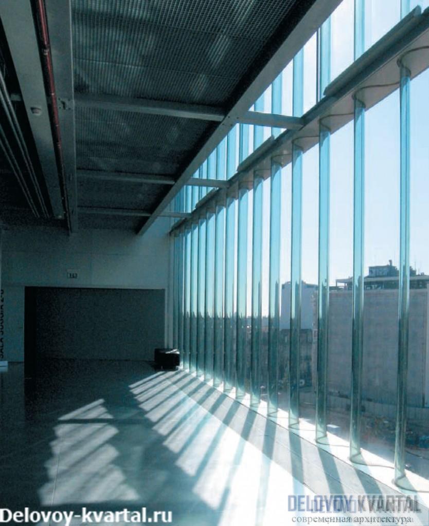 Фойе перед главным залом. Архитектурное бюро Ома