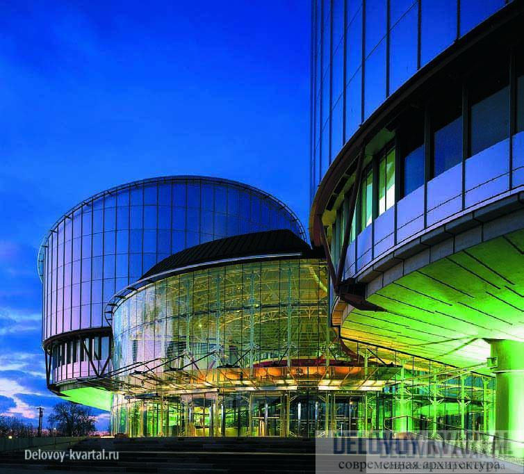 Офисный центр и шоу-рум концерна Daimler Chrysler в Берлине (премия RIBA)