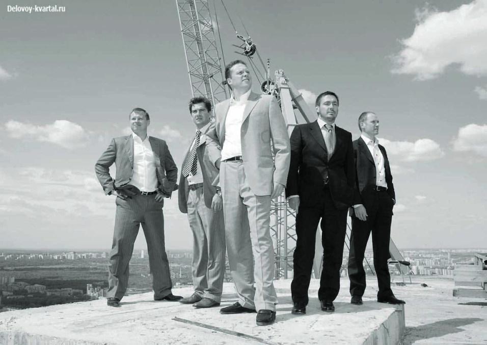 Максим Темников, Алексей Адикаев, Сергей Полонский, Дмитрий Луценко, Максим Привезенцев (Mirax Group) слева – направо