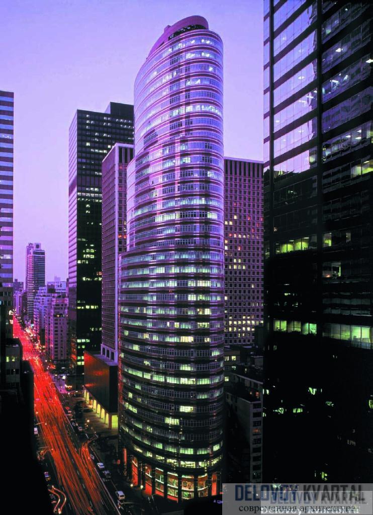 Небоскреб на пересечении 53-й улицы и Третьей авеню, получивший название Lipstick Building, помог Hines завоевать Манхеттэн