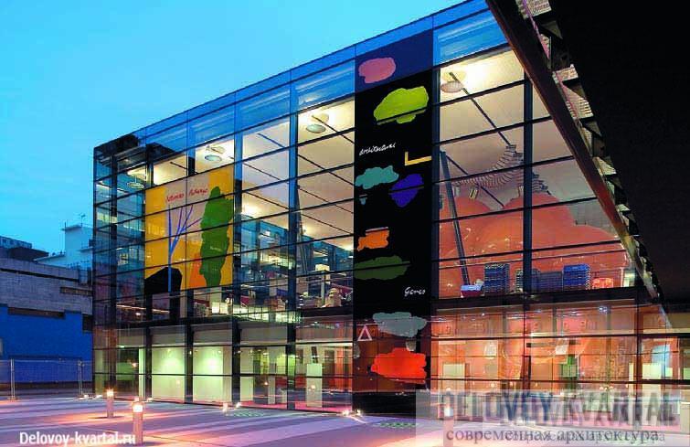 Blizard Building (Лондон, 2005) — здание, ломающее представление о стерильности и закрытости научно-исследовательских лабораторий.