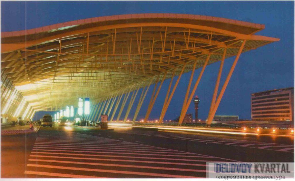 Аэропорт Пудун. Шанхай, Китай