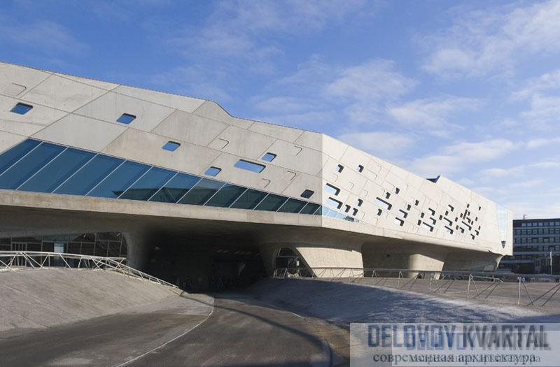 "Центр науки ""Фэно"" в Вольфсбурге Захи Хадид"