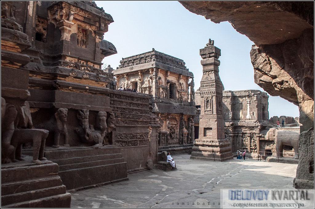 Храм Кайласанатха в Эллоре (VIII в.)