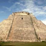 Пирамида «Волшебника» (Ушмаль, Мексика)