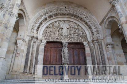 Порталы кафедральных соборов