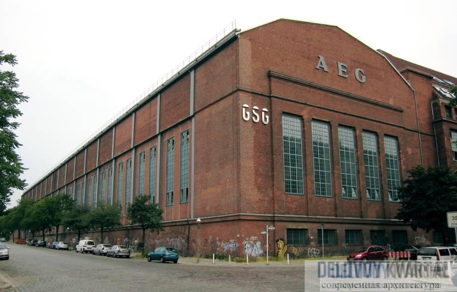 В турбинном цехе завода компании AEG, построенном архитектором П. Беренсом, выражена идея мощи электричества.