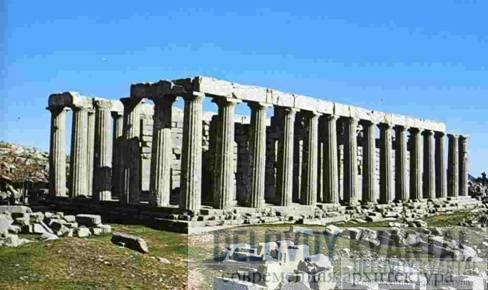 Храм Аполлона Эпикурия в Бассах