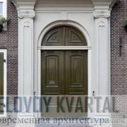 Неоклассическая дверь