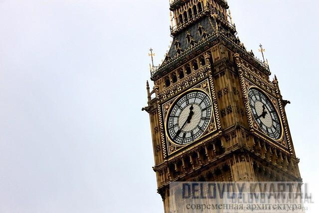 Биг-Бен - это название большого колокола в часовой башне, а не самих часов.