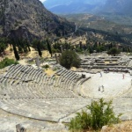 Театр и храм Аполлона (Дельфы, Греция)