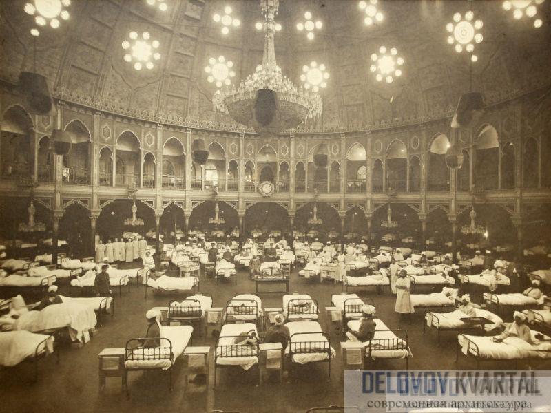 Королевский павильон, бывший загородный дом жизнелюбивого принца Уэльского, успел послужить и военным госпиталем.