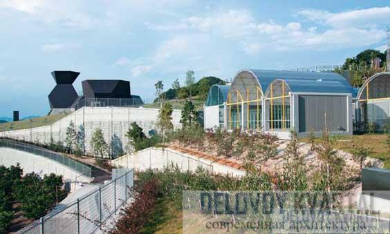Музей архитектуры Тойо Ито. Стальная и Серебряная хижины