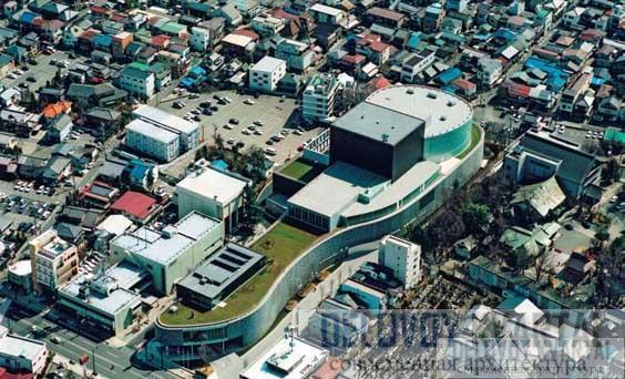 Центр исполнительского искусства в Мацумото. Вид сверху