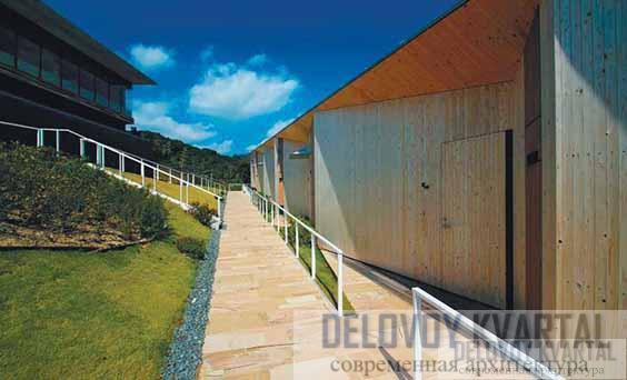 Вид на корпуса отеля «Садовые террасы»