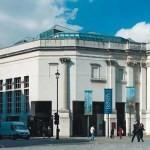 Крыло Сэйнсбери Национальной галереи в Лондоне