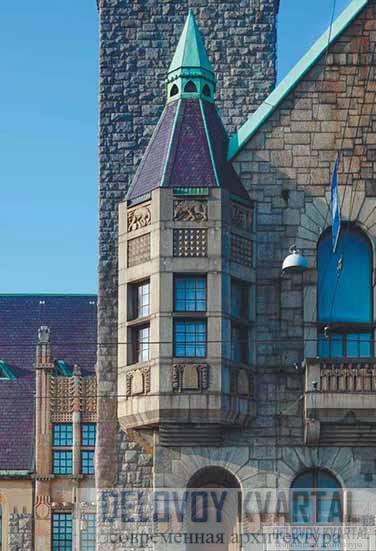 Национальный музей. Фрагмент фасада. Угловой эркер с шатровым завершением, декор