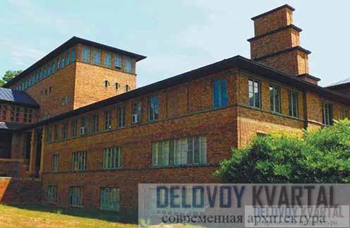 Одно из зданий Академии художеств в Крэнбруке