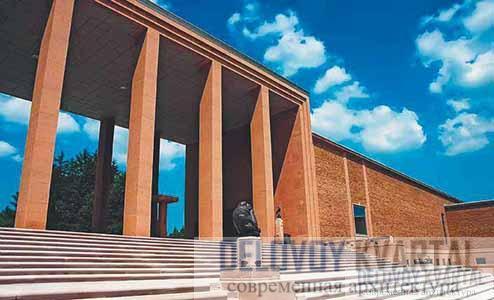 Художественный музей — композиционный центр Крэнбрука