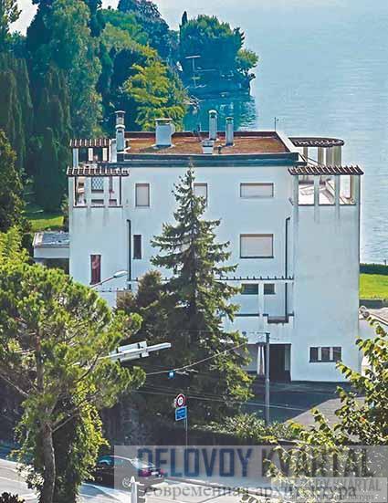 Вилла Карма. Вид со стороны подъездной дороги. Кларанс, Швейцария