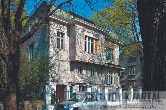Дом К. Шрассера. Уличный фасад