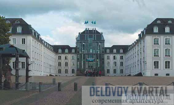 Модернизация замка в Саарбрюккене. Обновленный фасад. Саарбрюккен, Германия