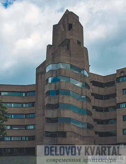 Главная башня административного комплекса ратуши