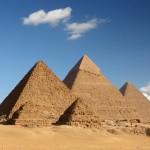 Сфинкс и пирамиды (Гиза, Египет)
