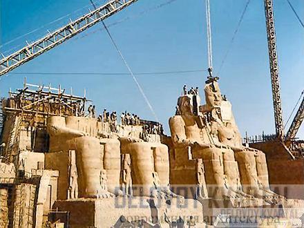 Часть Большого храма переносят на новое место, 1960 год