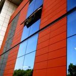 О внешних стенах зданий и фасадах